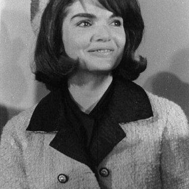 jacqueline-kennedy-402038_1280